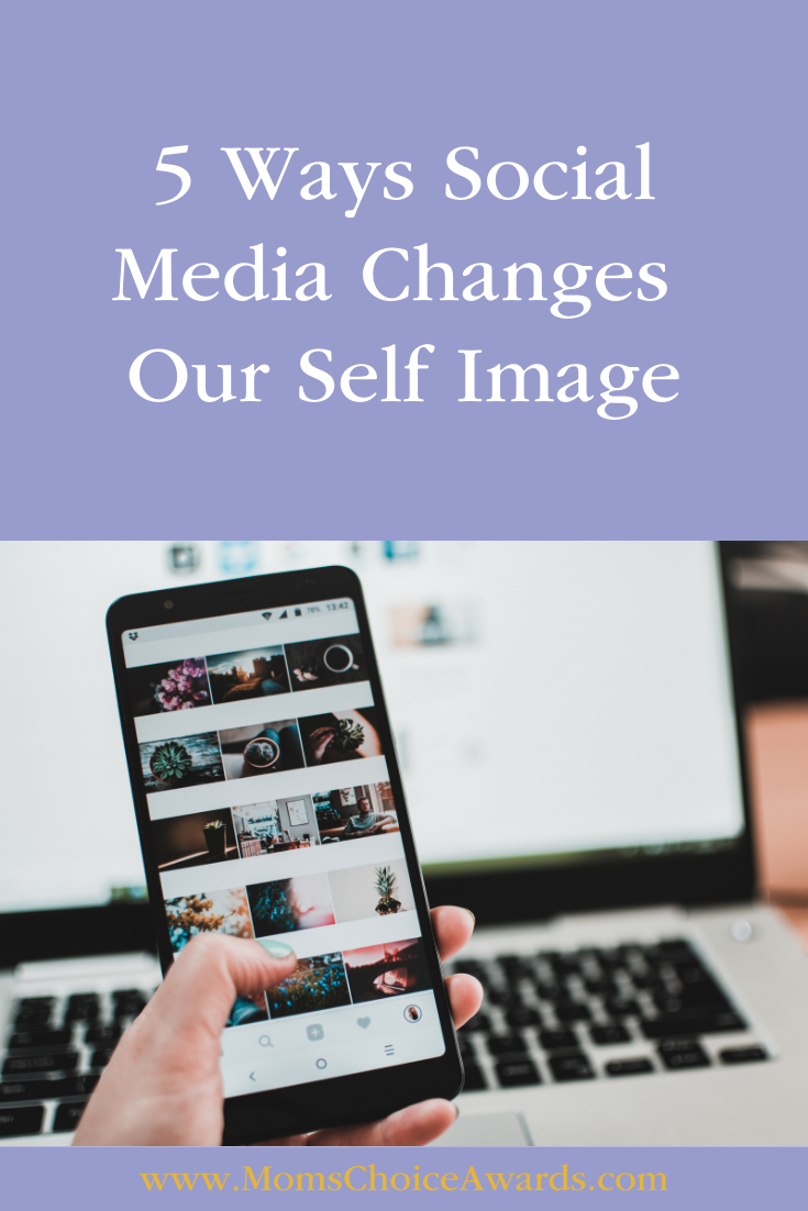 5 Ways Social Media Changes Our Self Image
